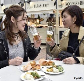 日本年輕女人比男人愛喝酒